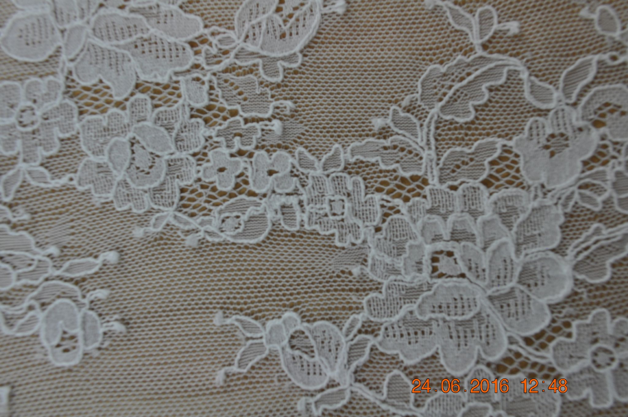 Ch1005 Chantilly Lace 150 Cm Wide Ivory Per Meter